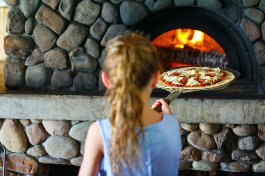 best outdoor pizza ovens reviews e1604935608708
