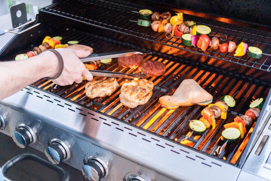 best propane grills reviews e1605113137642